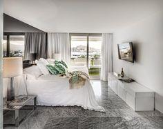 EXCCELENCE VILLA | Una residencia para empezar y finalizar cada uno de los días que pasas en Ibiza sintiéndote parte de todo lo que te rodea. Bienvenido a nuestra villa urbana en el edificio Terrazas de Botafoch. #ibizaluxury #ibiza #luxury #apartments