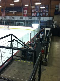 Wings players arriving for off-ice workouts (5/1/13)