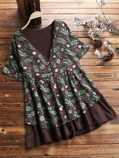 74b90a4ad9328a Vintage Print Floral Patchwork Short Sleeve V Neck Blouse