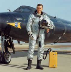 North American X-15 NASA USAF Experimental Jet Aircraft with pilot