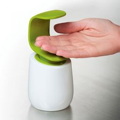 one-hand c-pump dispenser