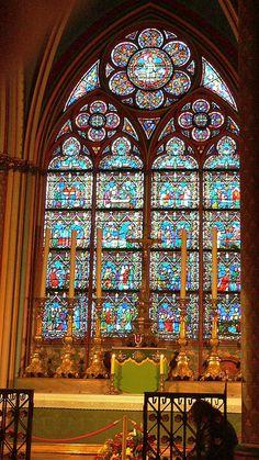 Side Altar, Notre-Dame de Paris