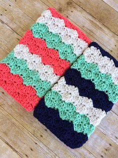 Crochet baby wrap blanket stitches ideas for 2019 Baby Wrap Blanket, Baby Girl Crochet Blanket, Baby Boy Blankets, Crochet Blanket Patterns, Crochet Baby, Crochet Blankets, Soft Blankets, Chunky Crochet, Love Crochet
