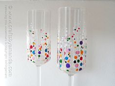 Confetti-Champagner-Glasses - Easy to make - and really special for your next party (I think I'll make them for the next children-birthday-party)...