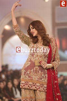 Shazia-kiyani-telenor-bridal-couture-week-2015-ebuzztoday (73)