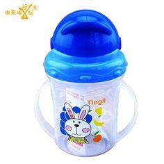 업데이트 내구성 아기 기저귀 아이 빨대 컵 마시는 병 컵 핸들 귀여운 디자인 먹이 병 PP 플라스틱 SGS