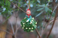 Vintage Pixie Mistletoe Ball / Pixie Mistletoe by theretrobeehive