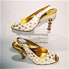 1994 | Andrea Pfister for I.Magnin & Co.  Source: SONS (Shoes Or No Shoes? MuseuM)