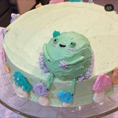Pretty Birthday Cakes, Cute Birthday Cakes, Pretty Cakes, Cute Desserts, Chocolate Desserts, Frog Cakes, Kawaii Dessert, Cute Food, Yummy Food