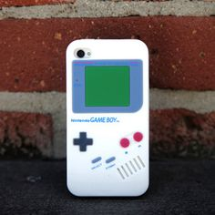 iPhone 4/4S Gameboy Case White
