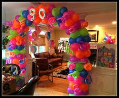 Image result for glow party balloon decor Balloon Glow, Balloons, Ballon Arch, 80s Theme, Balloon Decorations, Balloon Ideas, Neon Glow, Glow Party, Balloon Bouquet