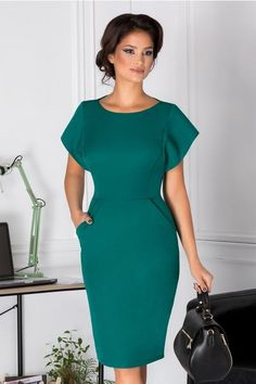 How To Look Classic Like - Business Attire Elegant Dresses, Cute Dresses, Beautiful Dresses, Casual Dresses, Short Sleeve Dresses, Dresses For Work, Office Dresses, Dresses Dresses, Simple Dresses