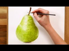 How to paint a realistic pear in watercolour (preview of a FREE class) - YouTube