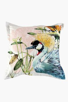 This pretty scatter with a crane print will add a trendy touch to your living room. Scatter Cushions, Throw Pillows, Crane, My Design, Tapestry, Hydrangeas, Cover, Fabric, Prints