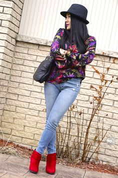 How to style a floral shirt with jeans
