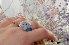 Your place to buy and sell all things handmade Resin Ring, Resin Jewelry, Jewelry Ideas, Unique Jewelry, Blue Rings, Real Flowers, Terrarium, Rings For Men, Handmade Gifts