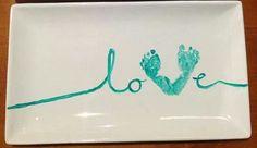 DIY: Imprime las huellas de tu bebé en platos de cerámica | Hablando de Bebes