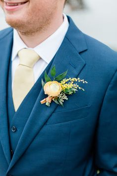 Sweet 'I Dos' at The Honeycomb in McMinnville, Oregon | The Perfect Palette Mcminnville Oregon, Creative Wedding Inspiration, Real Weddings, Blue Weddings, State Of Oregon, Groom And Groomsmen, Honeycomb, Wedding Colors, Wedding Day