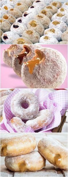 NÃO TENHO PALAVRAS PARA ESSA RECEITA,É D+!!(Donuts de doce de leite) VEJA AQUI>>>Na batedeira, misture o leite, o mel e o fermento. Deixe descansar por 5 minutos. Depois de 5 minutos, adicione o ovo e as gemas, o sal, o açúcar, o leite de coco e a manteiga derretida. Misture até ficar homogêneo. #receita#bolo#torta#doce#sobremesa#aniversario#pudim#mousse#pave#Cheesecake#chocolate#confeitaria