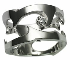 Untamed ring white gold