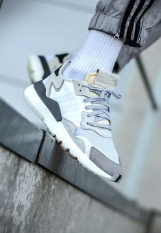 the latest 0a59f c88e4 adidas Originals Nite Jogger Vintage Sneakers, Retro Shoes, Addidas  Sneakers, Shoes Sneakers,