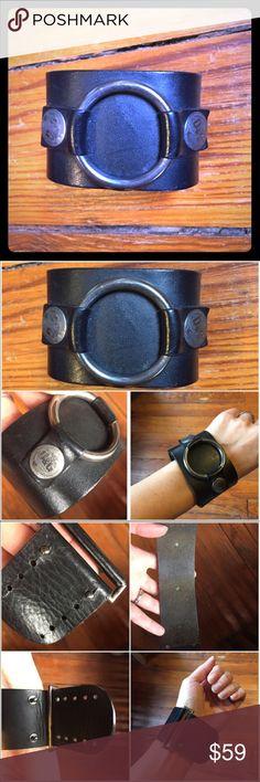 Dolce & Gabbana leather bracelet Rocker chic Dolce & Gabbana leather bracelet Dolce & Gabbana Jewelry Bracelets