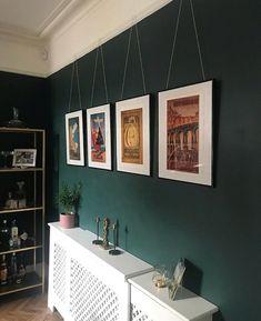 ✔️ 98 Beautiful Dark Green Living Room Wall Design Ideas 74 Whenever Dark Green Living Room, Green Dining Room, Dark Green Walls, Green Rooms, Dining Room Walls, New Living Room, Interior Design Living Room, Living Room Decor, Green Painted Walls