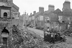 Plymouth was left almost entirely in ruins by air raids in May The city… Great Photos, Old Photos, Vintage Photos, Plymouth England, Elie Wiesel, Devon Uk, The Blitz, Air Raid, Battle Of Britain