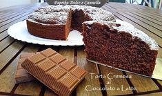 La Torta Cremosa al Cioccolato al Latte sembra una torta qualunque da colazione, ma in realtà è un dolce golosissimo perché, all'interno ci sono le scaglie