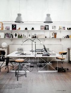 I want to put wall paper in my home office too! :D Home Office Design Ideas, Pictures of Home Office Designs, Home Office Home Office Inspiration, Workspace Inspiration, Sunday Inspiration, Office Workspace, Office Decor, Office Ideas, Workspace Design, Office Spaces, Loft Office