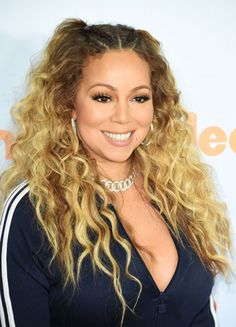 Mariah Carey at the 2017 Kids' Choice Awards.