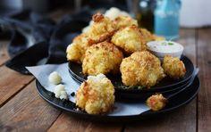 Ein toller vegetarischer Snack für kuschelige Winterabende. Blumenkohl paniert im Ofen gebacken. Lecker!