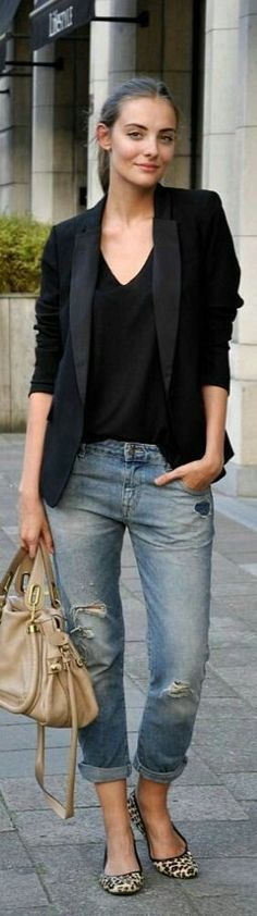 black blazer + black top + jeans with leopard shoes chic work outfit idea