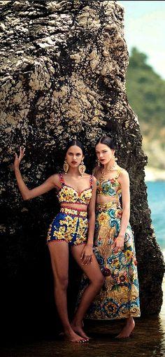 Vogue Japan Editorial October 2014 - Nadja Bender, Kinga Rajzak & Dalianah Arekion by Boo George, Dolce&Gabbana