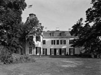 Exploring Rokeby, A Mansion Inhabited by Broke Astor Heirs - Back Story - Curbed National