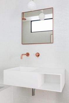 Minimalist apartment design focused on raw materials and pure forms by Jonathan Stene Architects: Jonathan Stene Location: Paris, France Year: 2016 Area: 915 ft²/ 85 m² Photography:©Agathe TISSIER Thank you for reading this article! Bathroom Spa, Bathroom Toilets, Bathroom Renos, Laundry In Bathroom, White Bathroom, Bathroom Interior, Minimalist Apartment, Minimalist Bathroom, Contemporary Baths