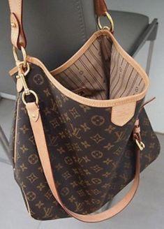 21e4759c7 prada handbags images #Pradahandbags