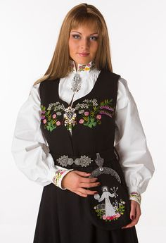 Oslo Folk Costume, Costumes, Ader, Medieval Dress, Oslo, Traditional Dresses, Norway, Scandinavian, Daughter