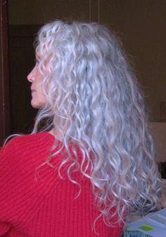 I love her grey hair. I hope my hair turns as grey as her, it's as curly as hers. Grey Curly Hair, Long Gray Hair, Curly Hair Styles, Lilac Hair, Emo Hair, Pastel Hair, Blue Hair, Wavy Hair, Dyed Hair
