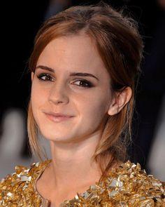 Emma Watson, Burberry, Eagles Nfl, Spring Summer, Queen, London, Instagram, Fashion, Moda