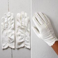 1950s dress gloves   vintage 50s dress gloves   formal dress gloves   formal gloves   size 7.5   medium   Lucy's Tea Time Gloves by VivianVintage8 on Etsy