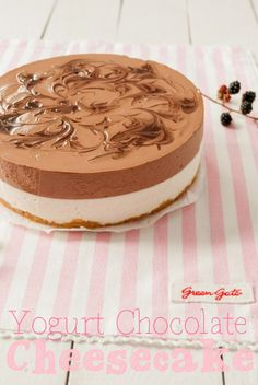 Tarta de queso, yogur y chocolate