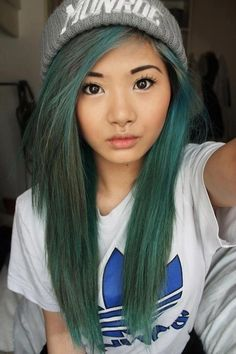 why do i love this??? green hair, grey hat, she looks like a doll!