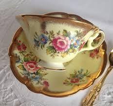 Kuvahaun tulos haulle Pink e brain foley china tea cup