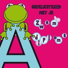 Een kaart met een kikkertje op de letter A, om een meisje te feliciteren met zijn diploma!, verkrijgbaar bij #kaartje2go voor € 1,99