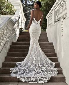 33 Mermaid Wedding Dresses For Wedding Party Sexy mermaid lace open back wedding dress. Find more: weddingdressesgui. 33 Mermaid Wedding Dresses For Wedding Party Sexy mermaid lace open back wedding dress. Find more: weddingdressesgui… Beautiful Wedding Gowns, Wedding Beauty, Dream Wedding Dresses, Bridal Dresses, Bridesmaid Dresses, Fitted Wedding Dresses, Backless Wedding, Brides Dresses Lace, Wedding Dress Beach