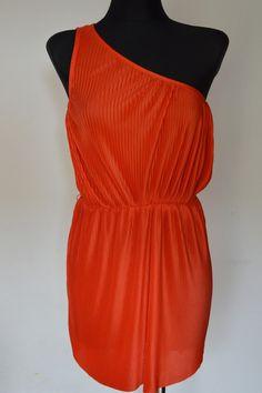 Sukienka plisowana na jedno ramię