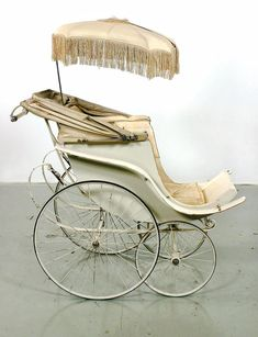Stroller used by the children of Crown Prince Gustaf Vi of Sweden. (Manufactured by Hitchings Ltd London. Credit Livrustkammaren (The Royal Armoury)