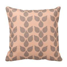 Leaf Circles design on pillow