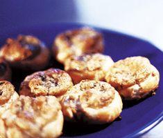 Recept: Smördegsostsnurra Ost, Dessert For Dinner, Green Garden, Different Recipes, Gluten Free Recipes, Food To Make, Cake Recipes, Good Food, Student